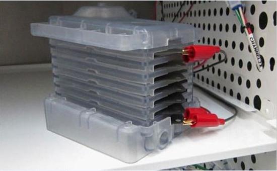 一种可用于可充式锌-空气电池的平价石墨烯气凝胶电催化剂