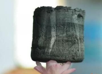 石墨烯气凝胶助力锂硫电池突破性能 减轻电池重量且快速充放电
