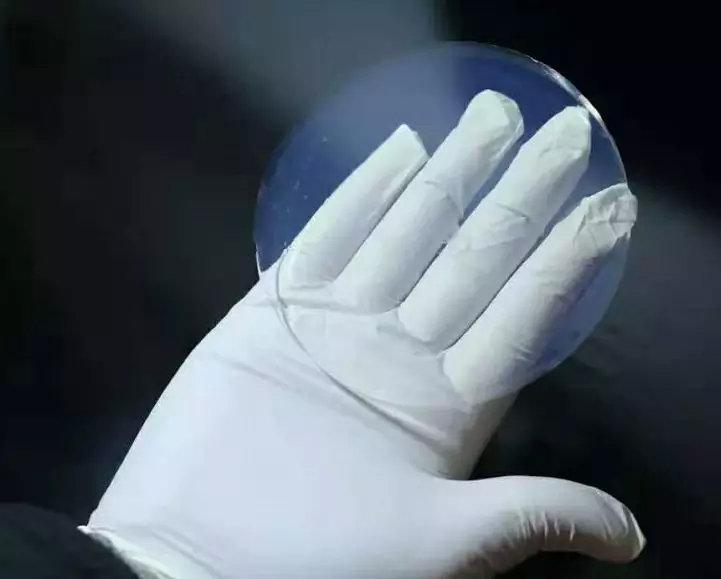 气凝胶节能玻璃