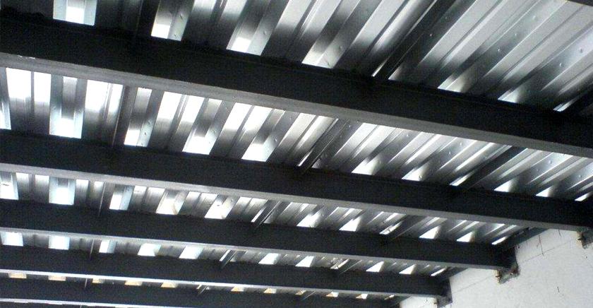 钢结构防腐为什么要用环氧云铁中层漆-1